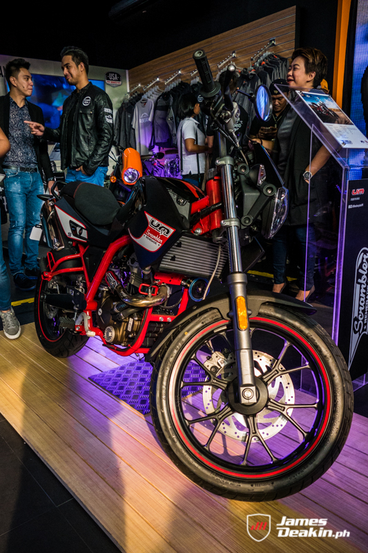 Um Motorcycles Ph Opens Flagship Showroom In Greenhills San Juan James Deakin